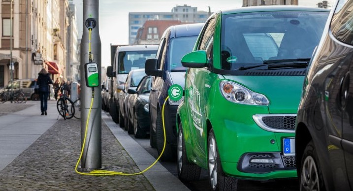 Auto elettriche, smart grid e colonnine