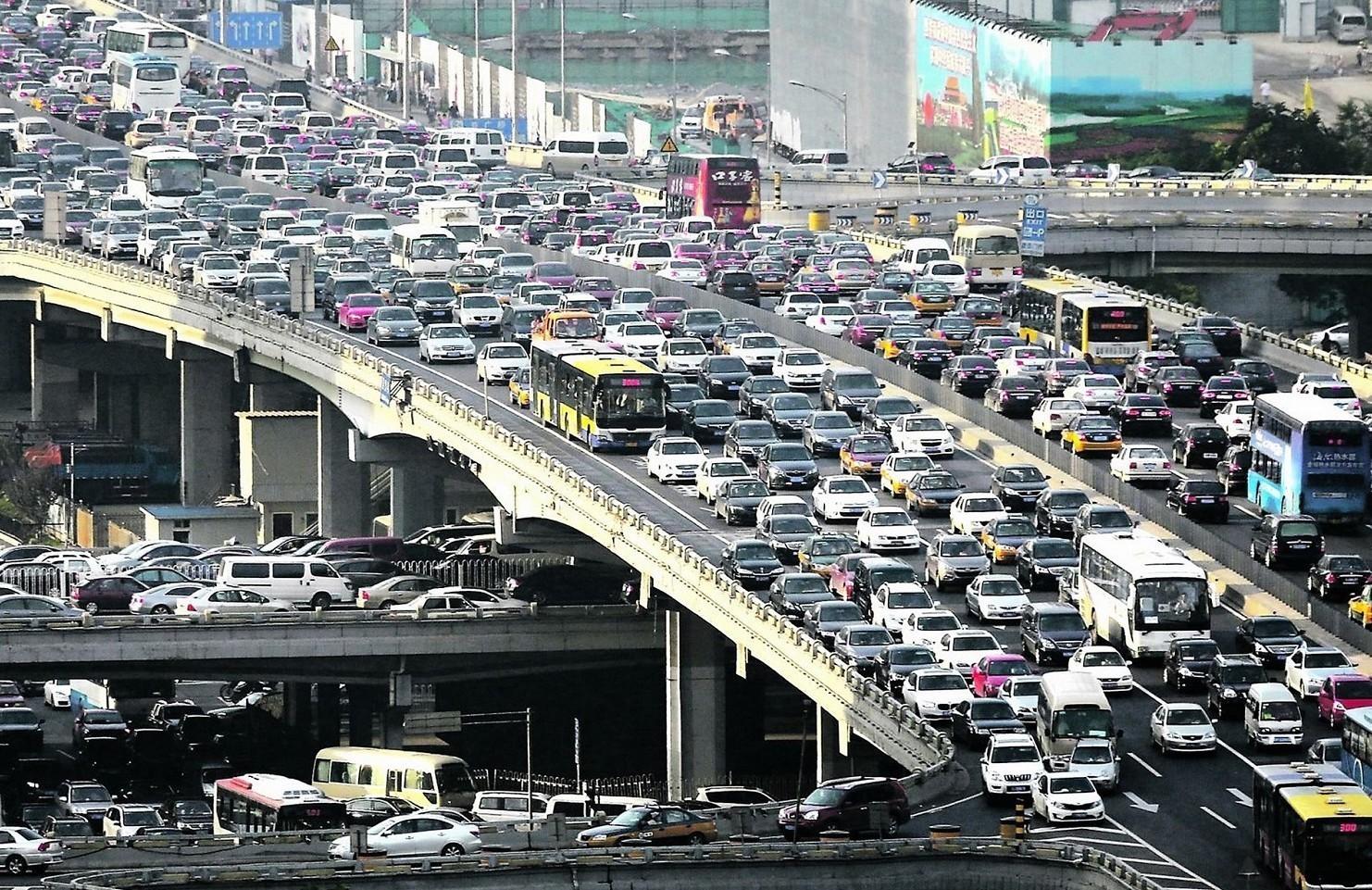 Auto elettriche e inquinamento, esperti