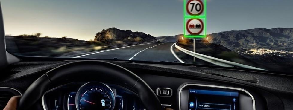 Auto elettriche: Mercedes e Abb per le a