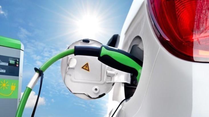 Auto elettriche: ricarica per sempre inv