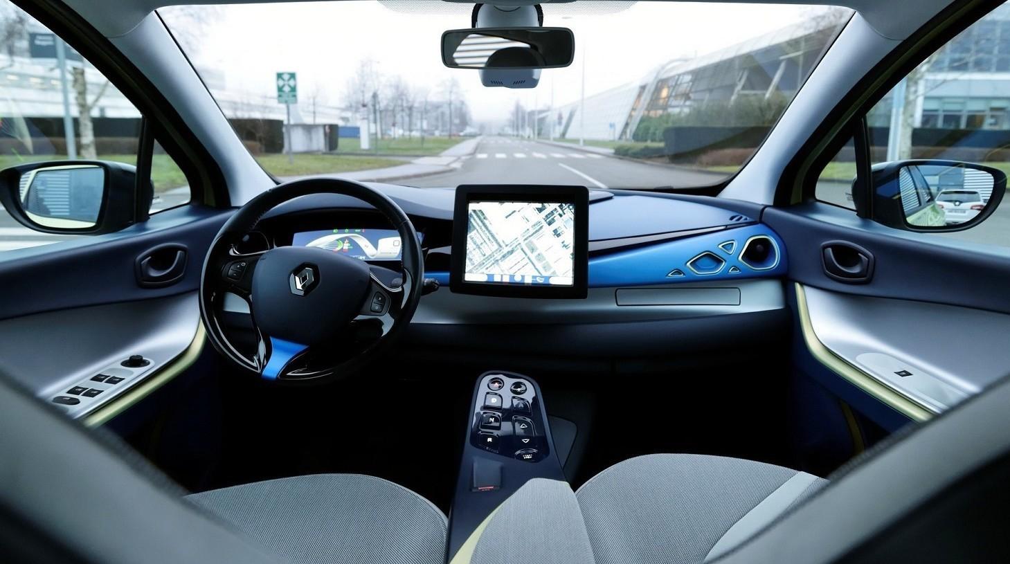 Auto guida autonoma iniziano i test in I