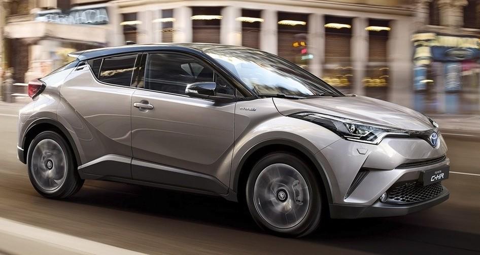 Auto ibride Toyota 2019. Ecco i nuovi mo