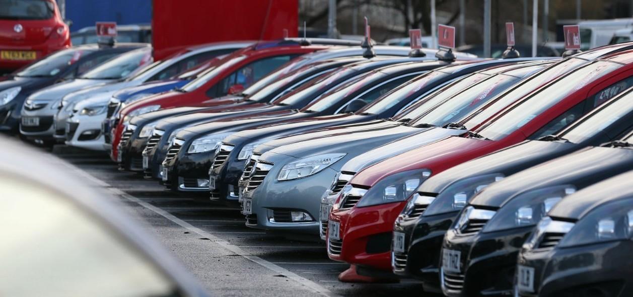Auto usate: si comprano su aste online s