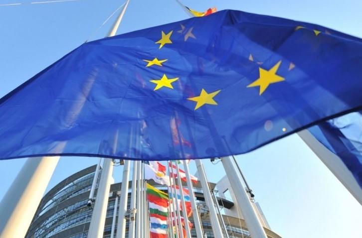 Bce, Italia consumi fermi e reddito ital