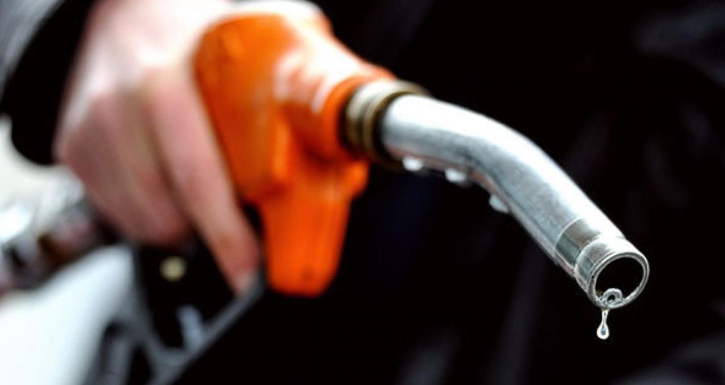 Benzina aumenti molto forti. E rincari n