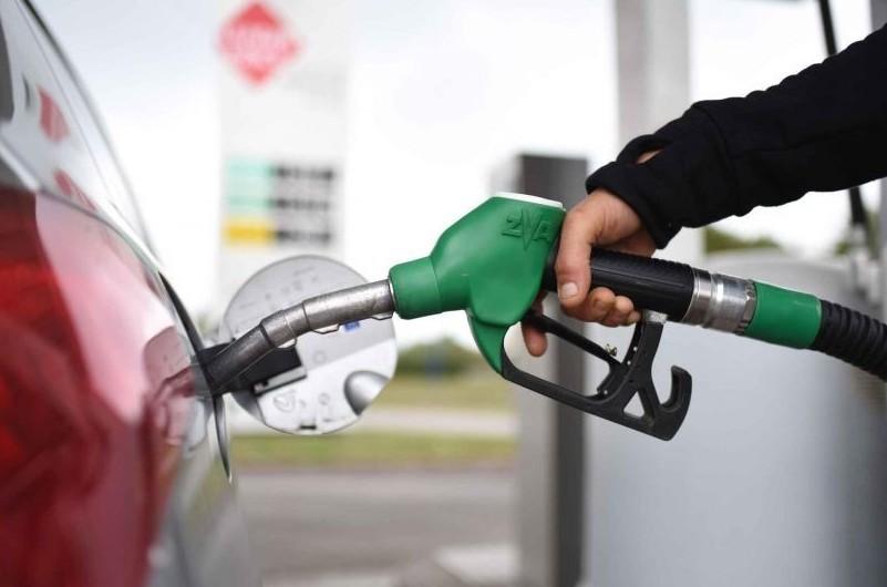 Benzina, Diesel, Gpl: prezzi aumentano e