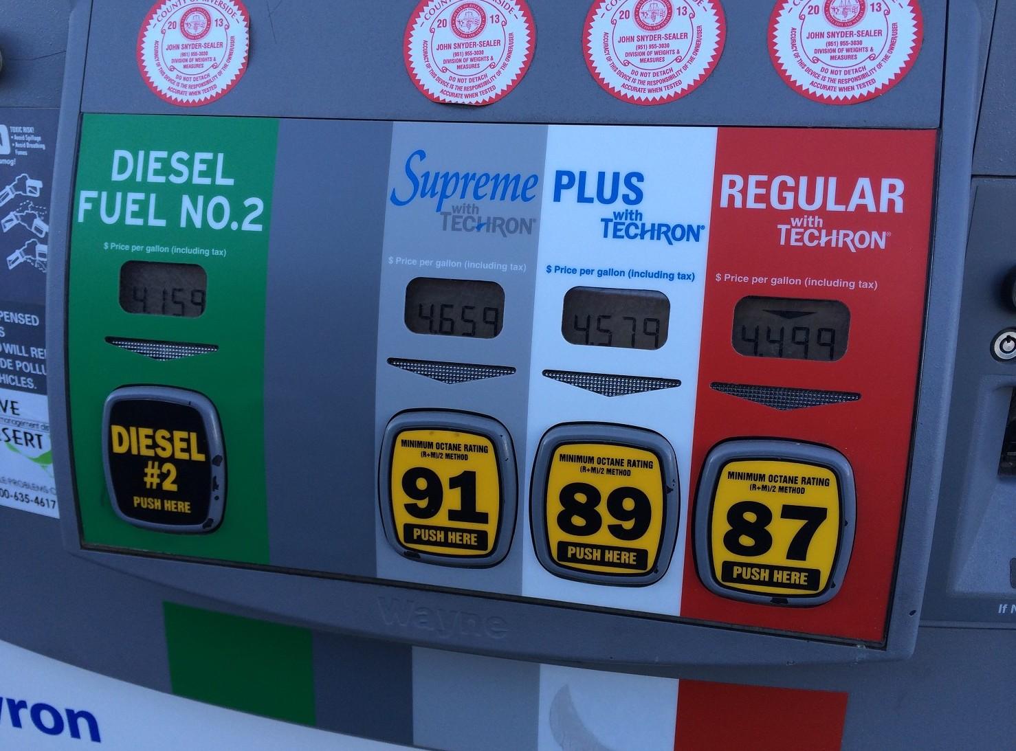 Benzina preoccupa crescita continua. Ma