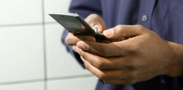 Cellulari di Stato: giustificati chi usa