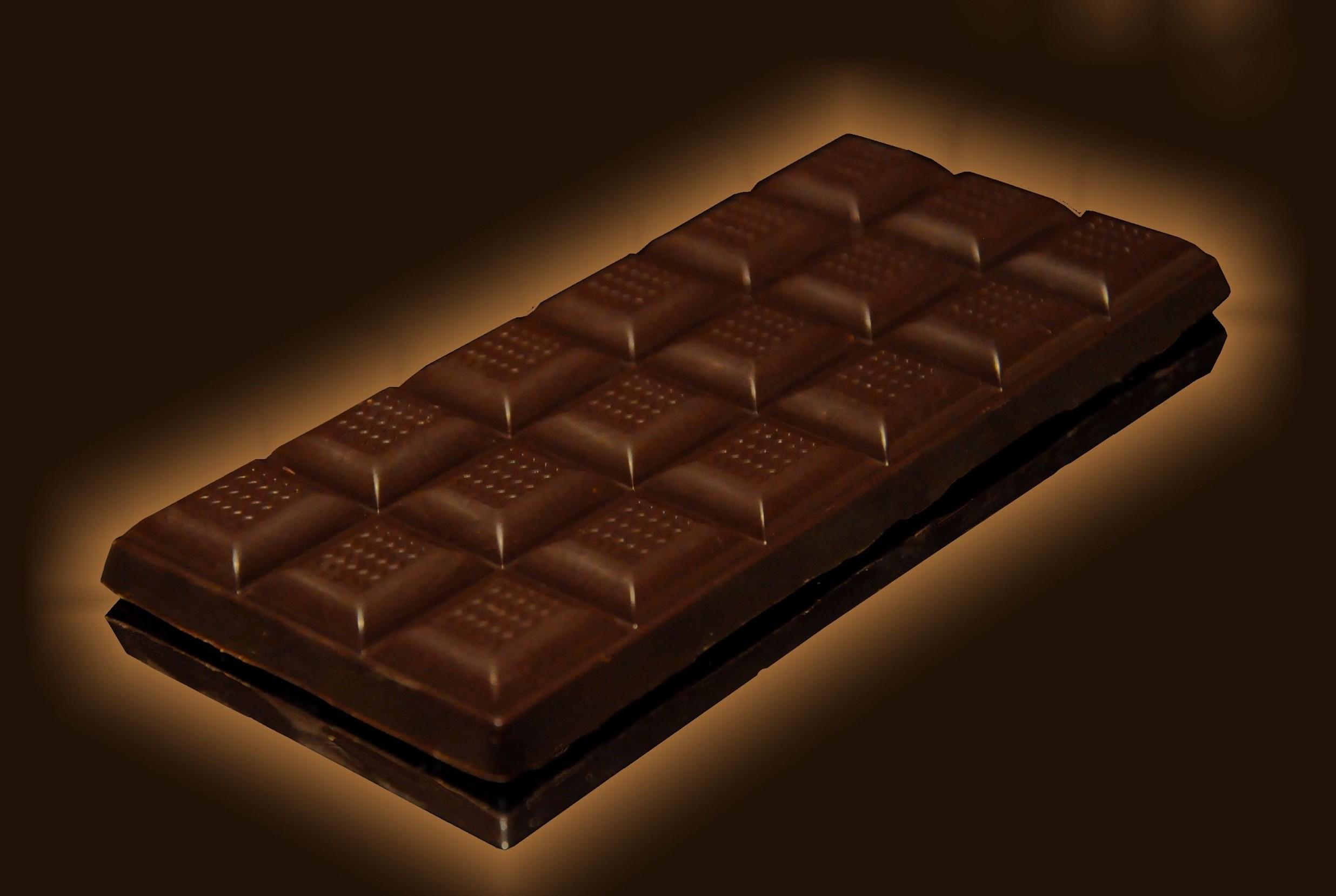 Cioccolato e snack tolti da scaffali sup