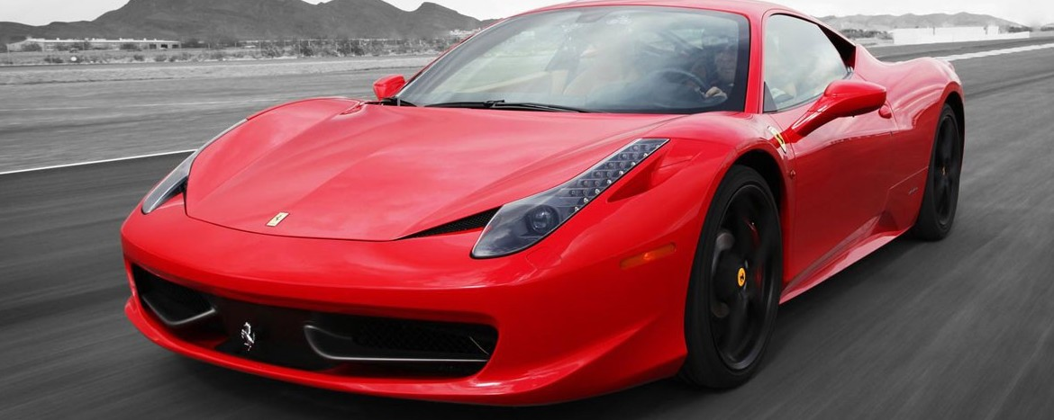 Buy Ferrari From 500 Thousand Euros And Crashes Immediately