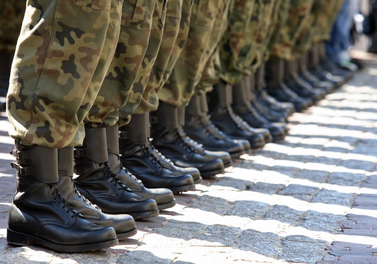 Decreto Forze armate 2016 governo Renzi:
