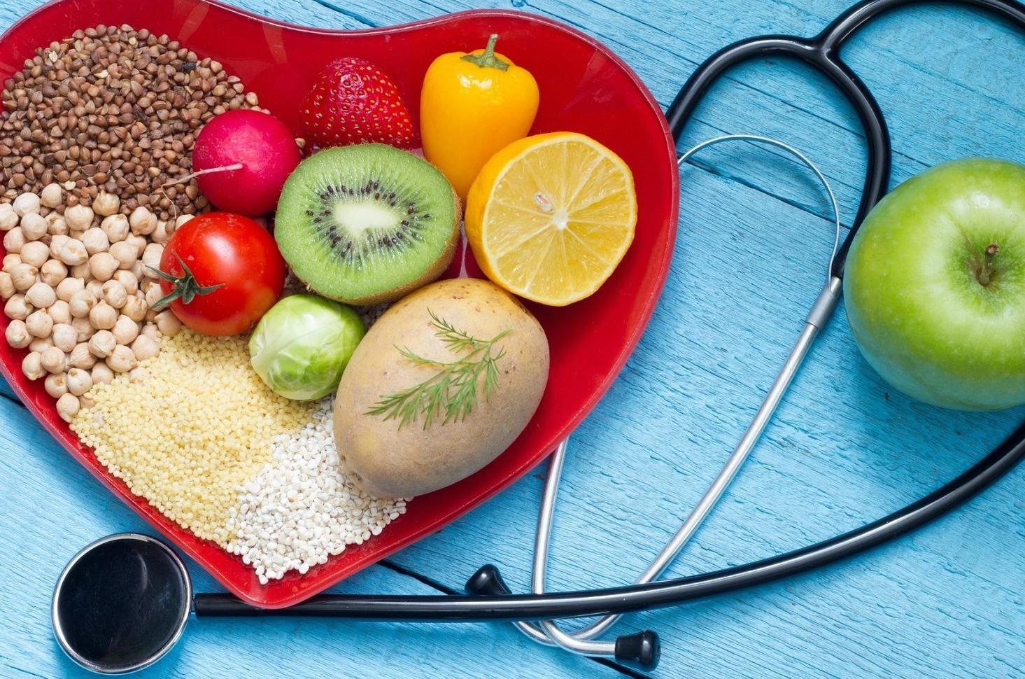 Diete, differenti sistemi per anziani, a