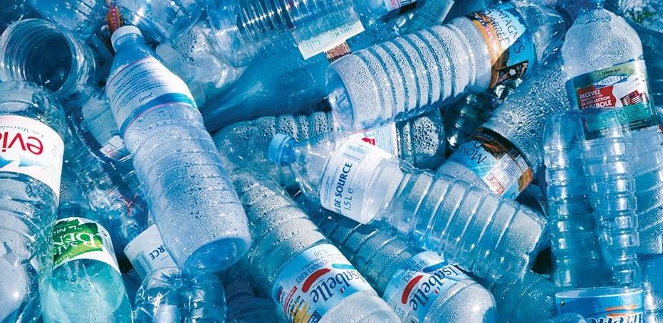 Earth Day 2018 Legambiente, plastica è t