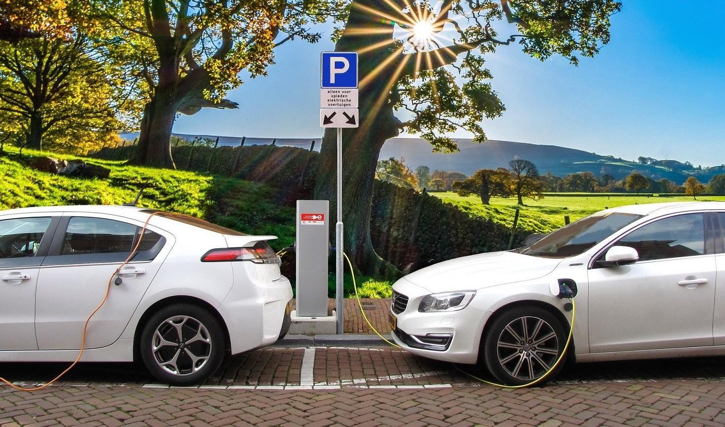 Ecobonus auto 2019 da 2500 euro o da 600