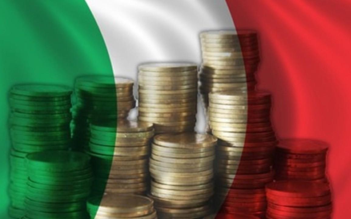 Economia in Italia frena e non cresce ab