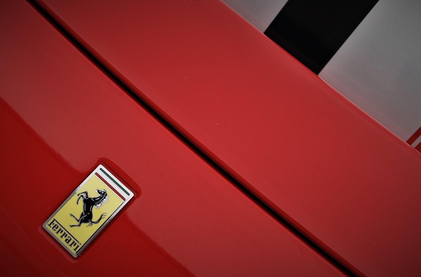 Ferrari ibrida da 1.000 CV: caratteristi