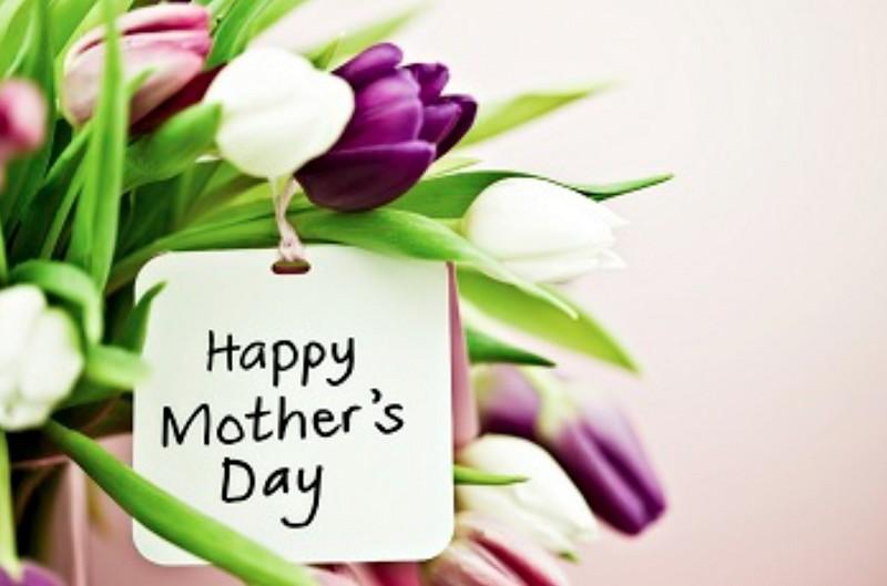 Frasi Festa della Mamma 2017: biglietti