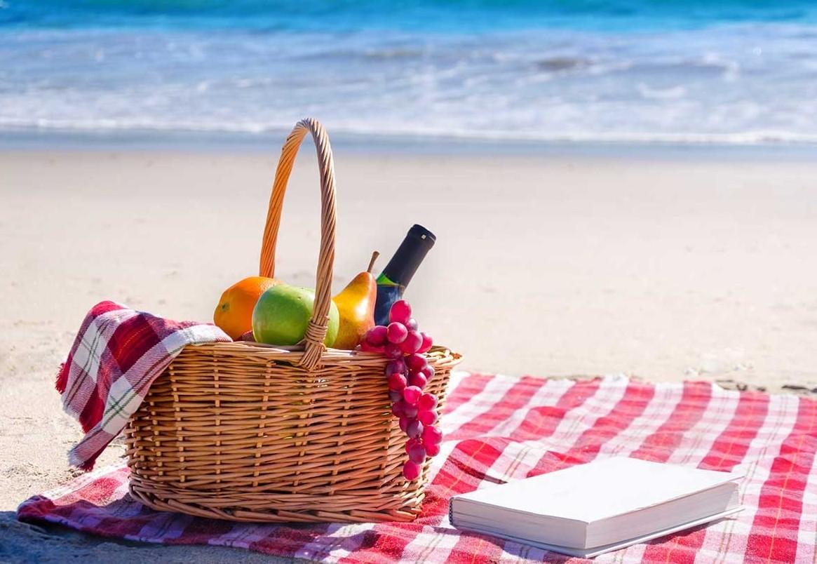 Cosa mangiare in spiaggia? I cibi per ad