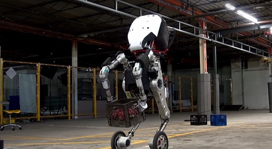 Boston Dynamics, Spotmini e Atlas con ab