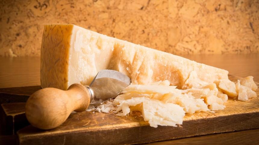 Come capire se è vero Grana Parmigiano?