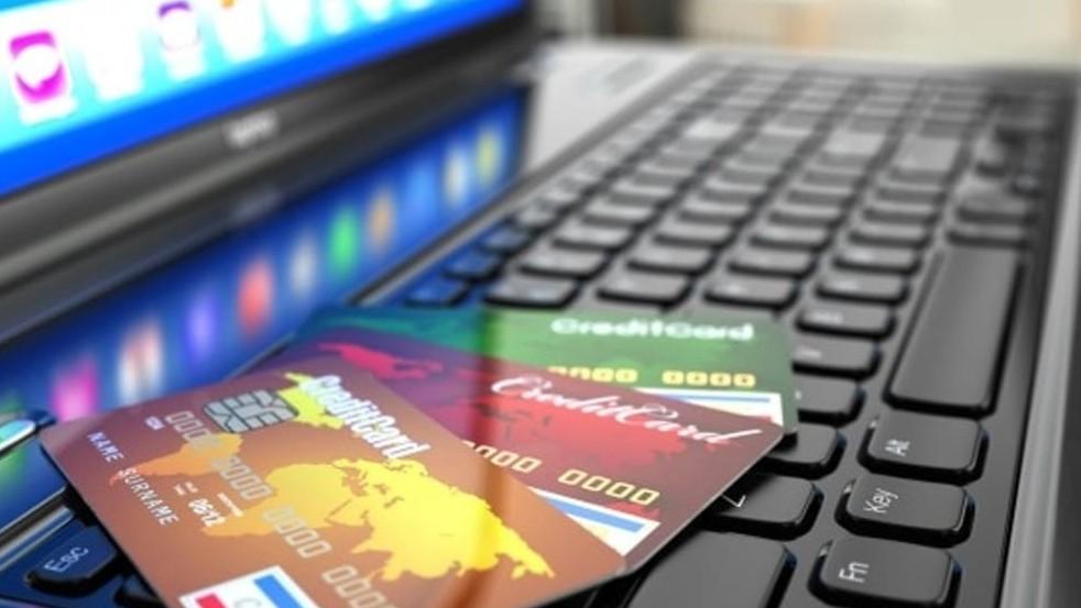 Carta di credito clonata e rubato denaro