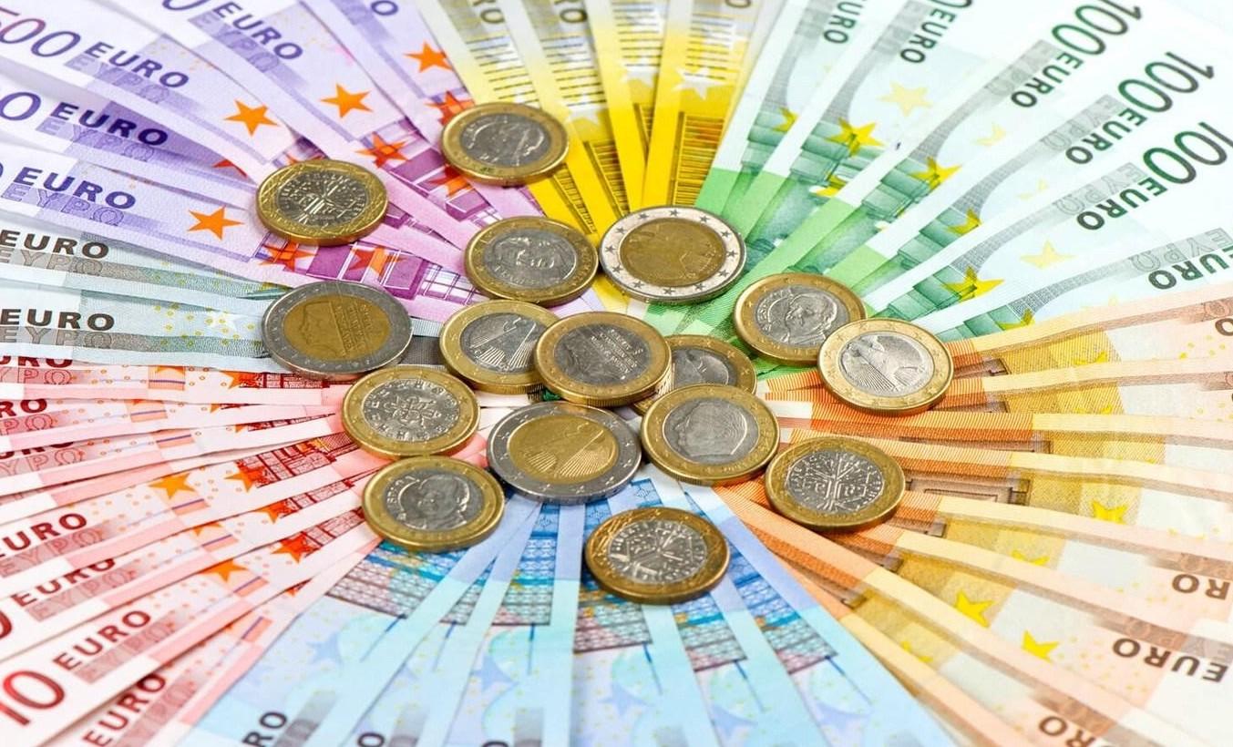 Inflazione, 330 euro annui in pi� a fami
