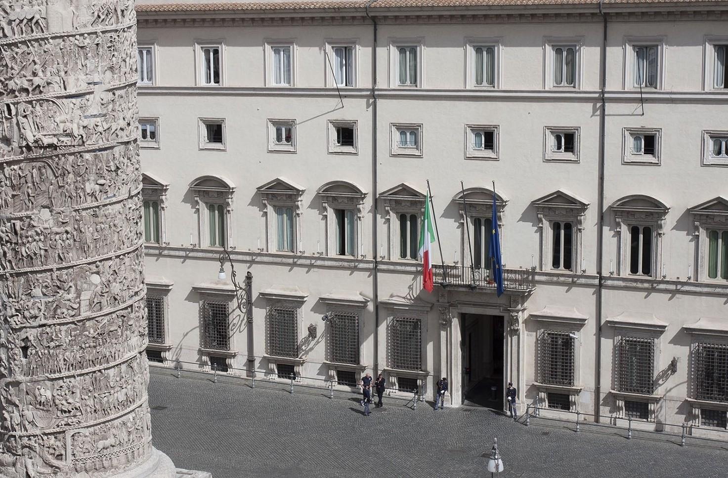 Invasione di formiche a Palazzo Chigi e