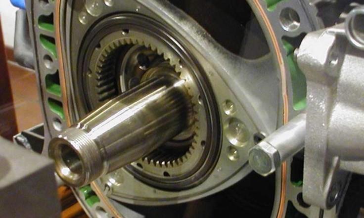 Auto elettrica, Mazda lancia nuovo motor