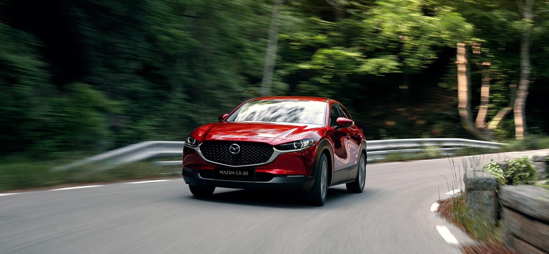 Mazda CX-30 prova su strada, test drive