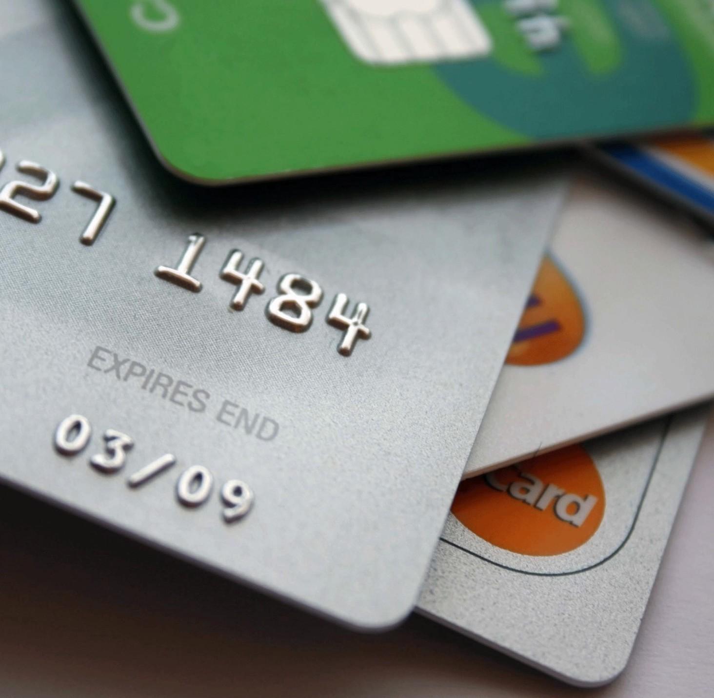 Nexi: rivoluzione pagamenti digitali in