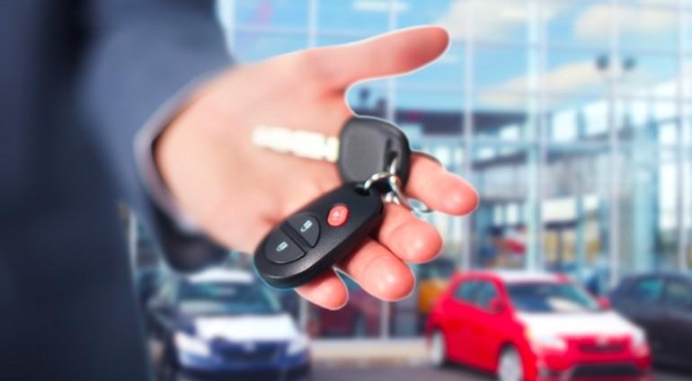 Noleggio auto a lungo termine, costi med