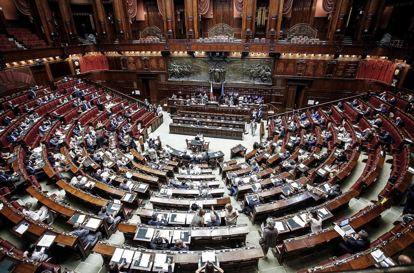 Opzione donna oggi venerd maxiemendamento in parlamento for Streaming parlamento