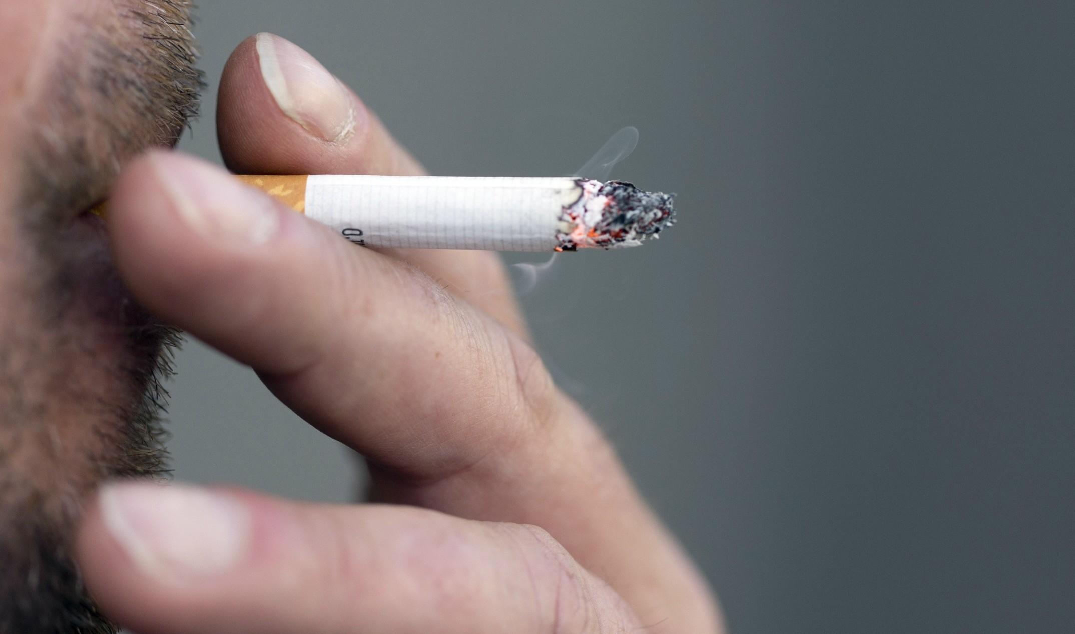 Pausa sigaretta sul lavoro, quante al gi