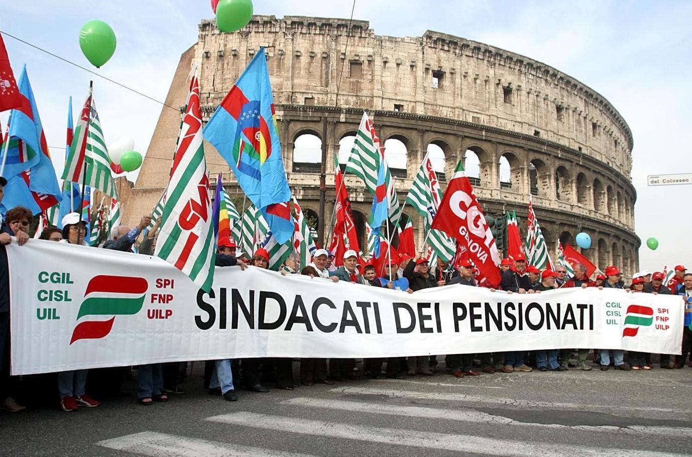 Pensioni novità, presidi davanti alle pr