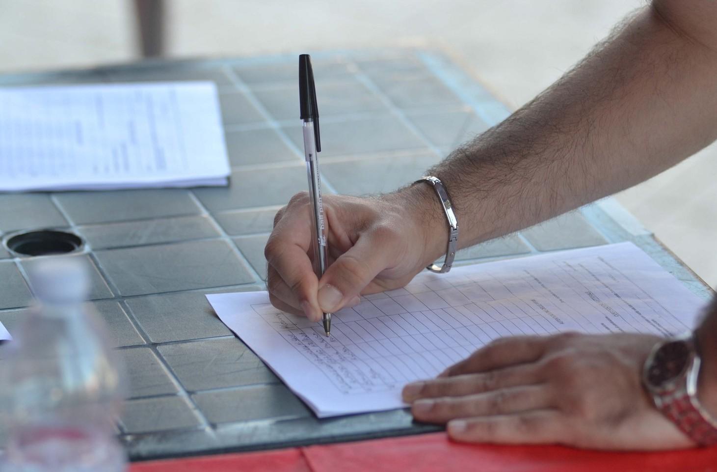 Pensioni ultime notizie, raccolta firma