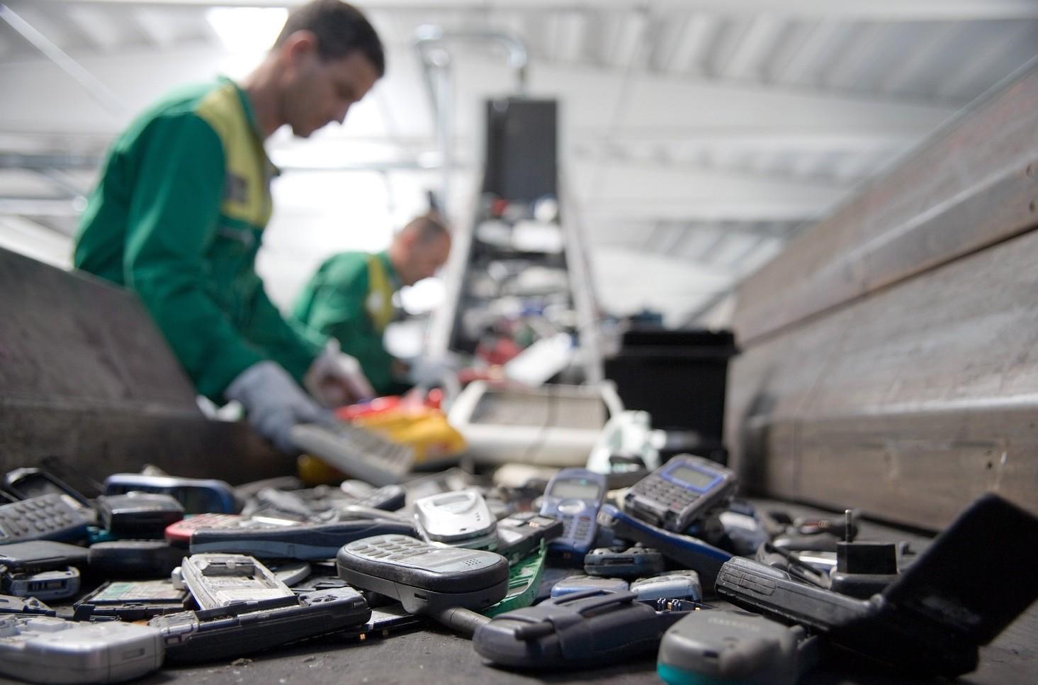 Come fare a smaltire rifiuti elettronici