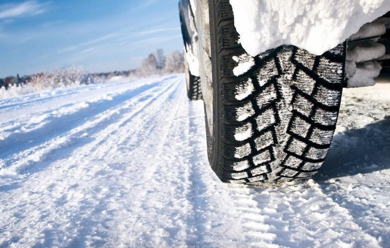 Pneumatici invernali: regole e sanzioni