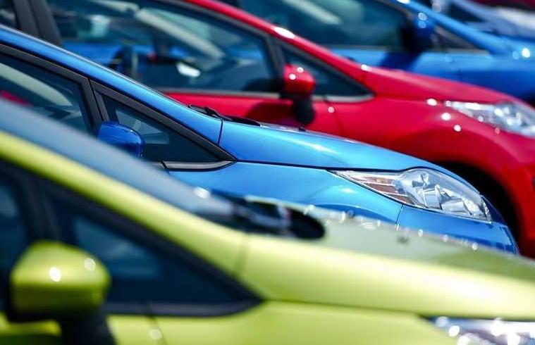 Polizze auto: sistemi per pagare meno as