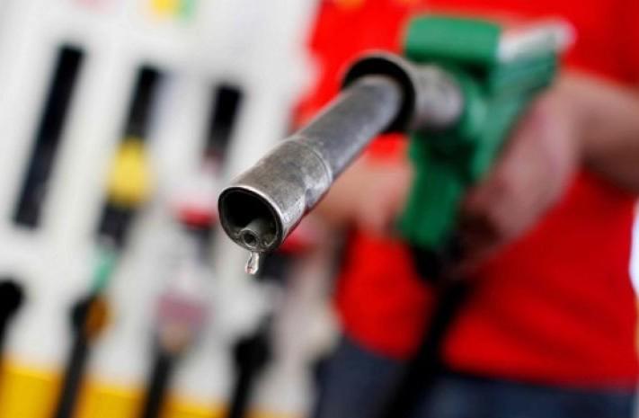 Prezzi carburanti, primi rialzi. Ecco co