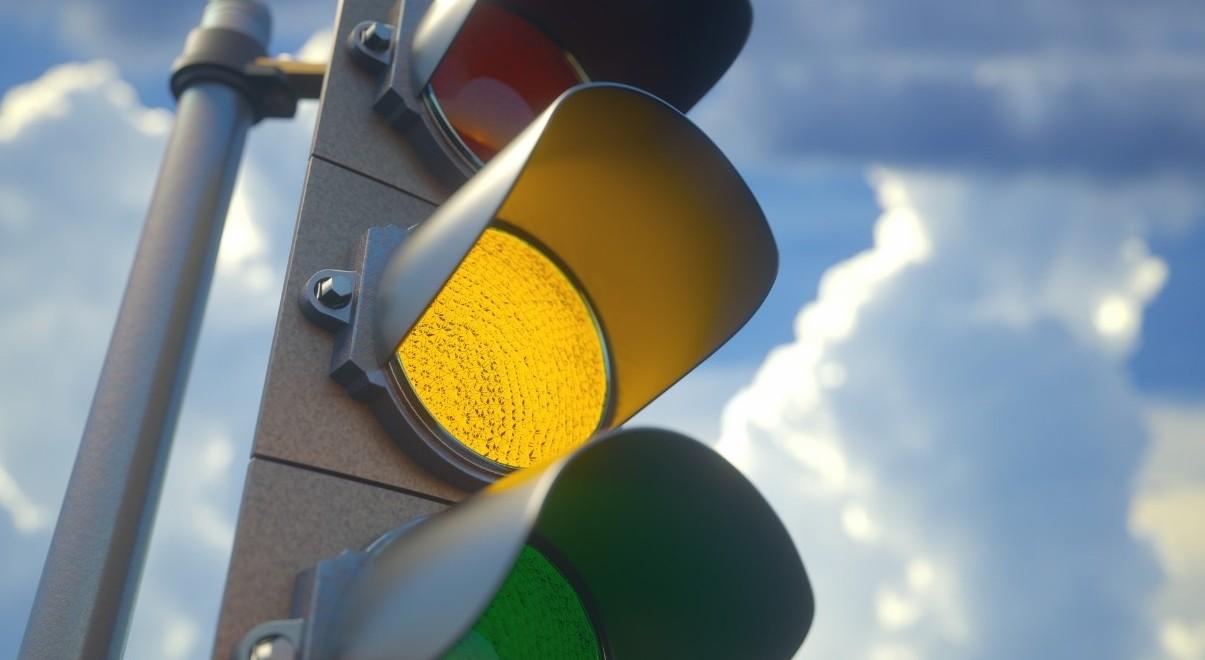 Quando si può passare con il semaforo gi