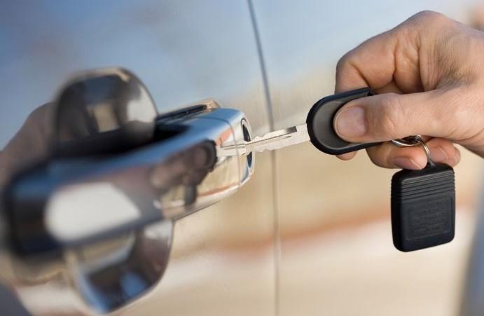 Assicurazione rc auto non si può più sos