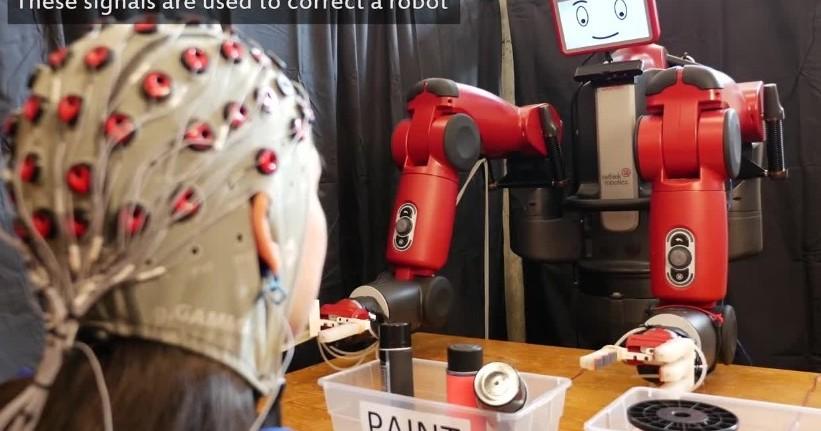 Robot controllati con il pensiero e gest