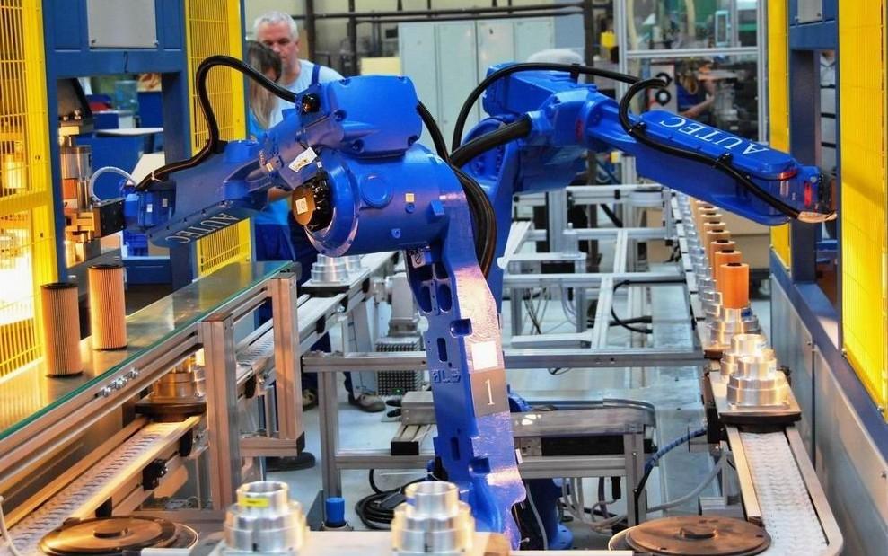 Robot, 800 milioni posti di lavoro ruber