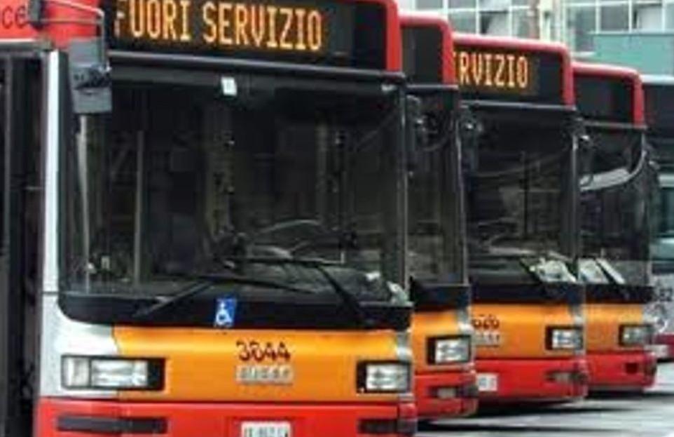 Sciopero trasporti pubblici Milano giove