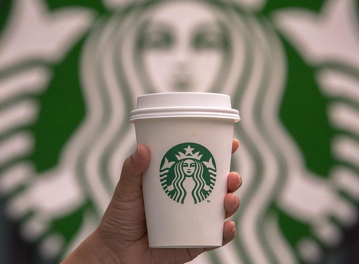 Starbucks apre il primo negozio a Milano