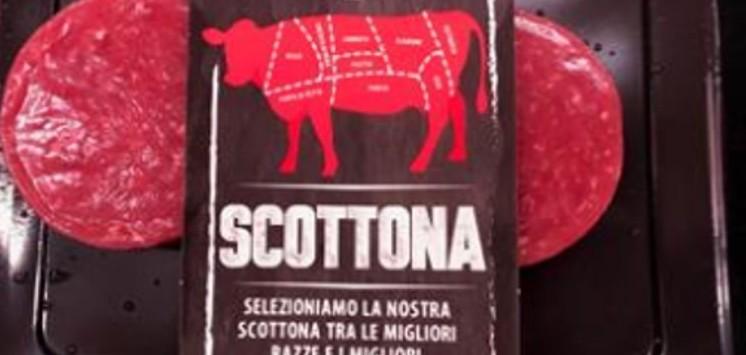 Batteri nella carne, supermercato ritira
