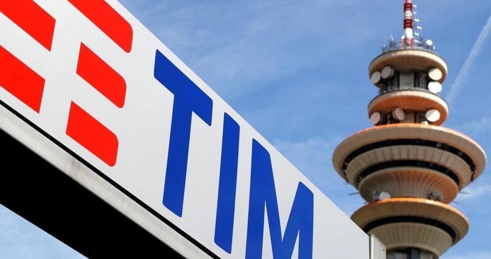 Telecom, duemila nuove assunzioni. Anche