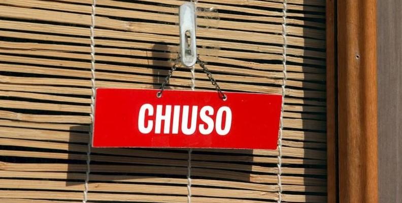Torino, migliaia di attività commerciali