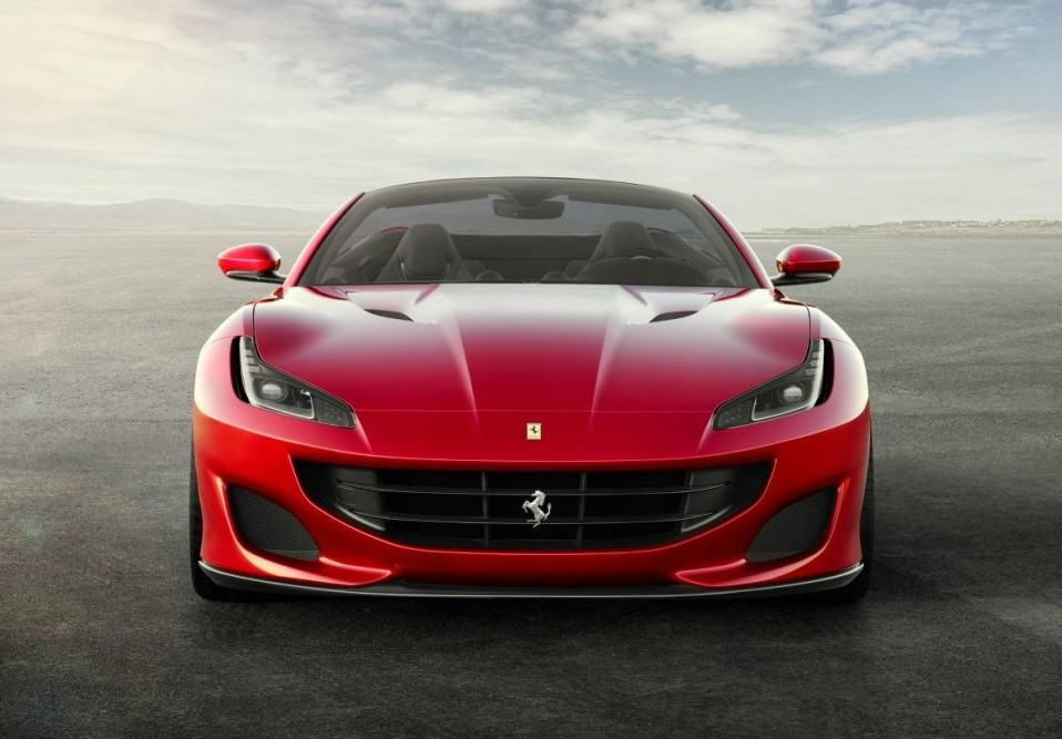 Tour Ferrari Portofino al via in giro pe