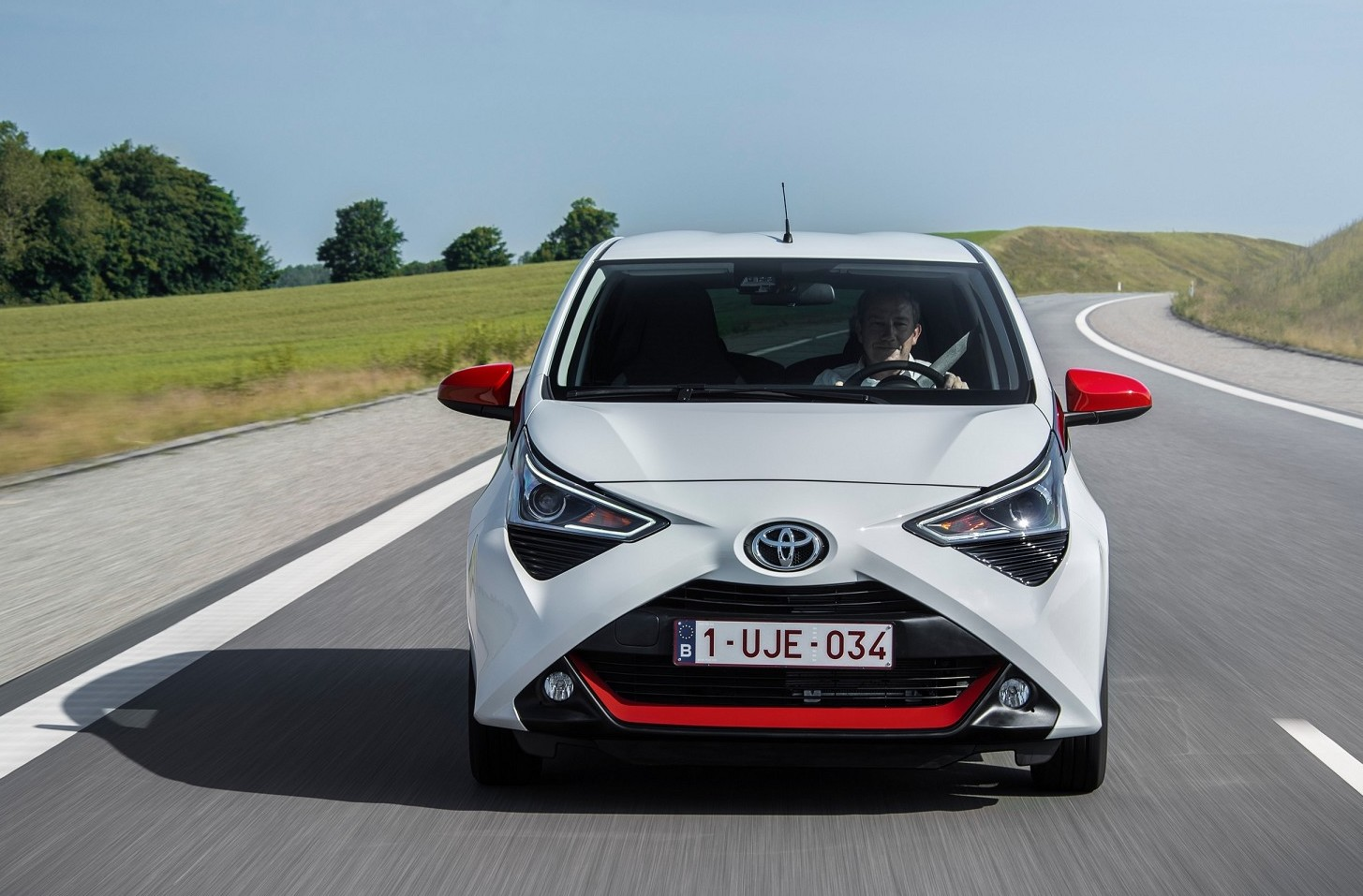 Toyota Aygo Connect come funziona il pay